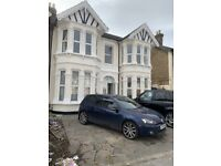 Beautiful 8 Bedroom House with 2 Throw Lounges and 3 Bathrooms Ready To Move In Ilford, (IG1)