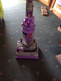 DYSON UPRIGHT DC14 ANIMAL HOOVER