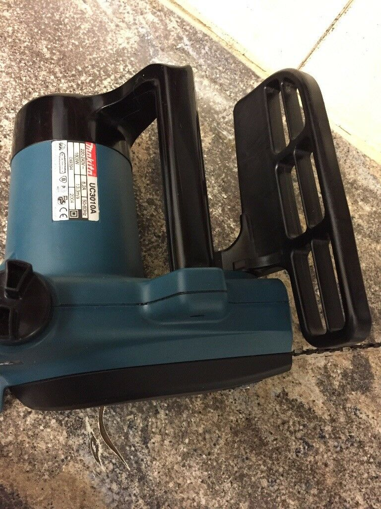 Makita electric chainsaw like new in pershore worcestershire makita electric chainsaw like new greentooth Choice Image