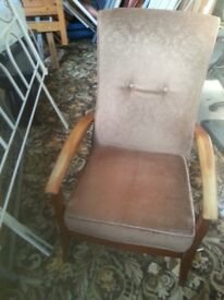 vintage armchair (with springs)