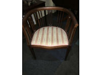 Gorgeous Antique Victorian Inlaid Mahogany Tub Chair