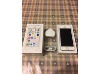 IPhone 5s 16gb Excellent Condition White & Silver