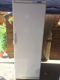 bosch freestanding Tall larder Freezer