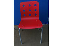 Red chair plastic (Delivery)