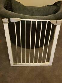 Baby gate's / stair gate's