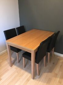 Dining table with 4 chairs, dim 120x75x75cm