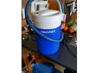 Aircast ice bucket and pump with knee pad