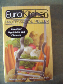 Unused EuroKitchen Professional peeler, boxed. Happy to post.