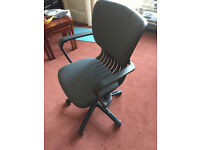 Height adjustable computer / office chair