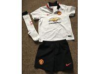 Manchester united football kit