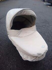 BeBe Comfort Windoo Carry cot