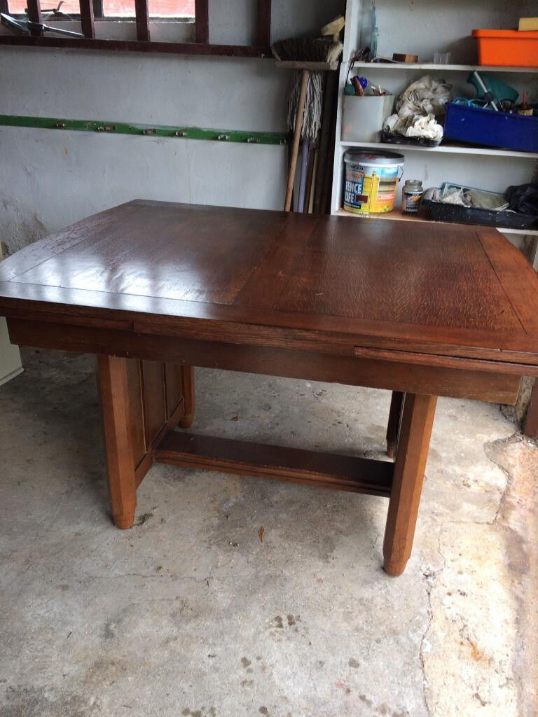 Vintage Oak dining room table and 6 oak chairs
