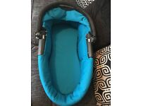 Carrycot for Quinny Buzz, excellent condition.