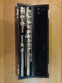 Sapphire Flute by Rosetti - London and a music stand