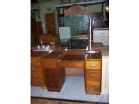 Dressing table at Cambridge Re-Use (cambridge reuse)