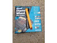 Diamond wheel tile cutter