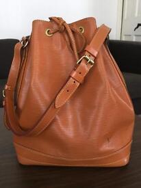 LOUIS VUITTON Noe Handbag - Cipango Gold