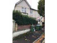 1 Bed Flat in Denzil Avenue Newtown Area **Available 24/10/2017 **