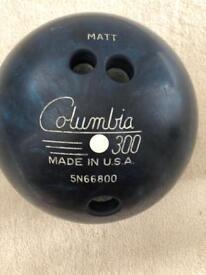 Bowling Ball 13lb Columbia 300 'Matt'