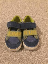 Boys toddler shoes size 4 1/2 G