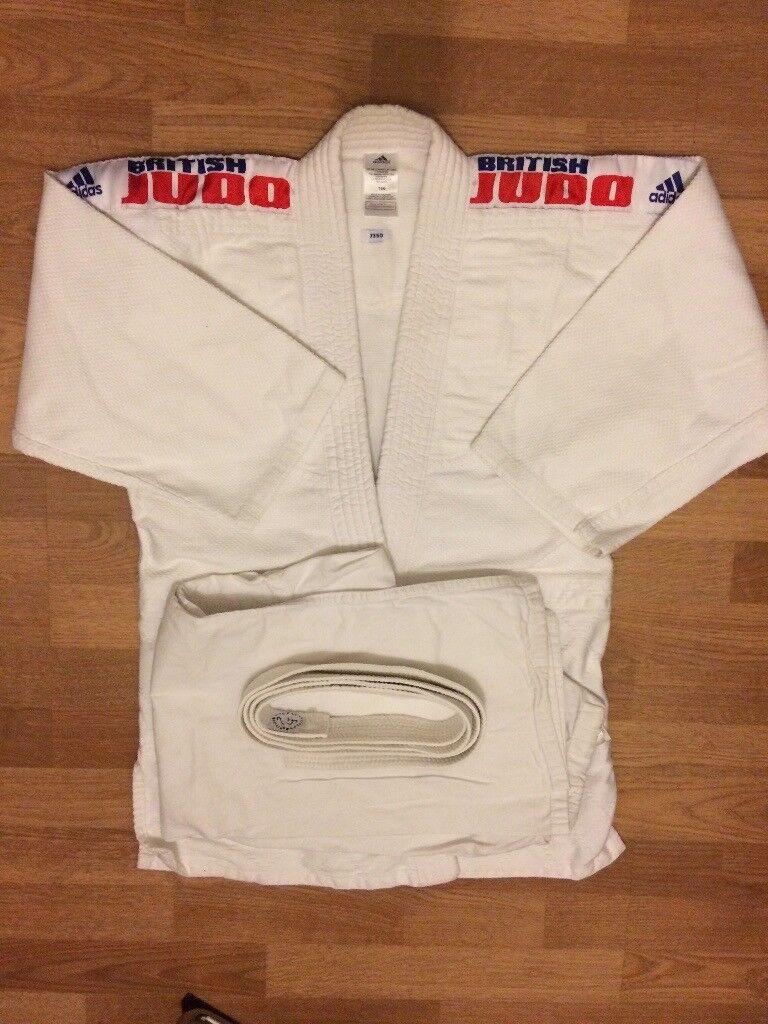Adidas Judo suit J350 - size 160cm