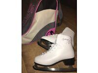 Galaxy SR Ice Skates size 5 (including bag)