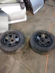 set of 2 rims and winter tire