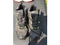 Size 6 regatta hiking boots