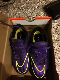 Nike size 11 football boots