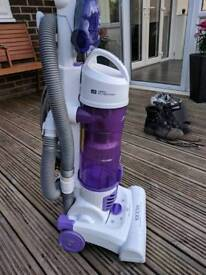 Hoover PET vacuum cleaner