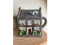 Emmerdale Woolpack Teapot