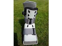 Aircast Airselect short walker boot