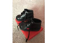 GIRLS BLACK LEATHER KICKERS SIZE 7