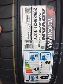 4 x new Yokohama 295 35 21 Porsche Cayenne rated