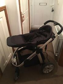 I candy Apple 2 Pear travel system in Cavier Black