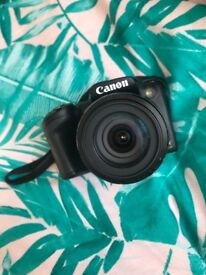 Canon camera powershot Sx410 ONLY BEEN USED TWICES, bag , 16gb memory card.