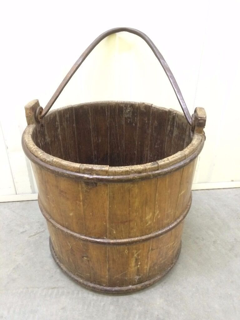 Vintage Style Wooden Bucketin Norwich, NorfolkGumtree - Vintage Style Wooden Bucket with handle, use in the home or garden