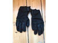 Black Helly Hansen 'Rougue Tech' Ski gloves - Fully waterproof, breathable - £30