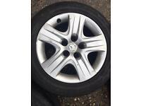 Vauxhall wheels & good tyres 255/55/17