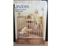 Lindam Push to Shut Extending Metal Safety Stair Gate. Brand New, BOXED