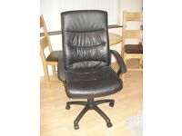 High back office chair in black, good condition