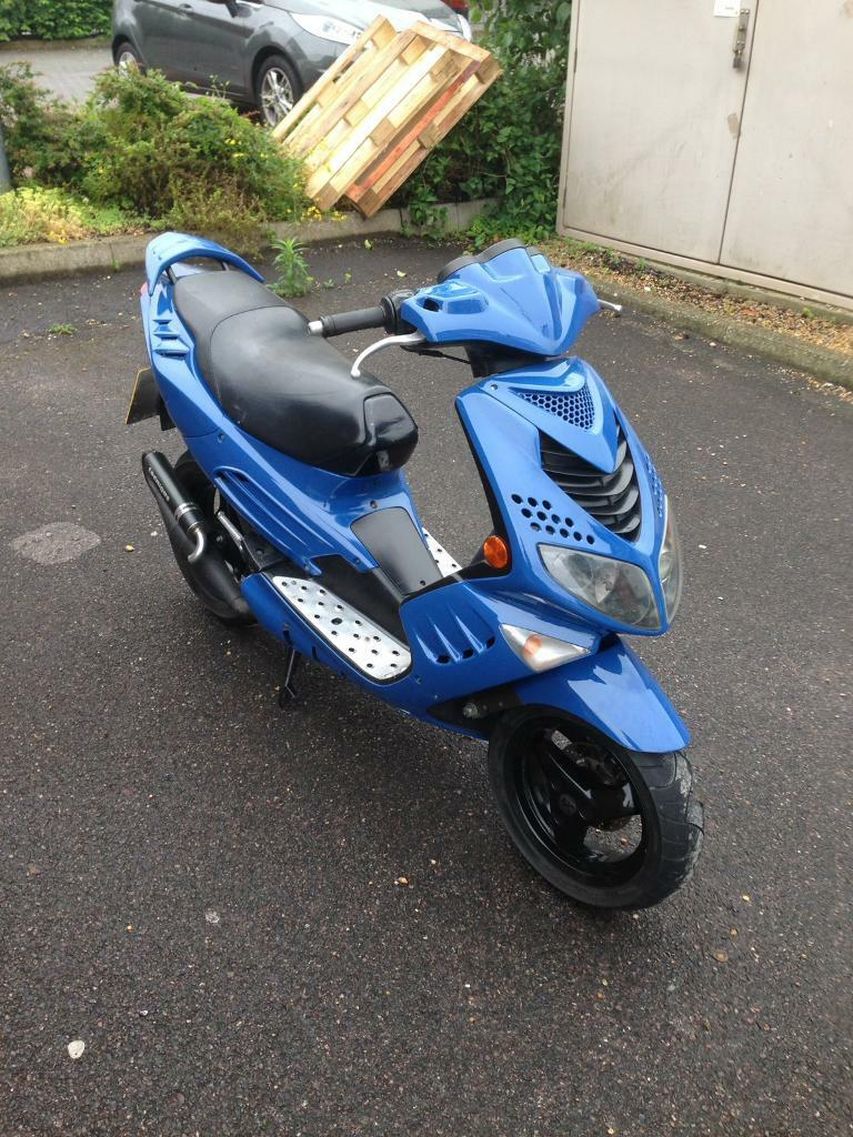 2007 peugeot speedfight 2 50cc new 12 months mot starts and runs perfect very clean moped. Black Bedroom Furniture Sets. Home Design Ideas