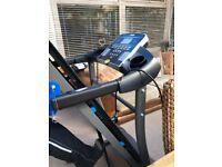 Foldaway treadmill excersise machine