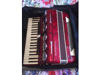 Accordian for sale 120 bass very good condition