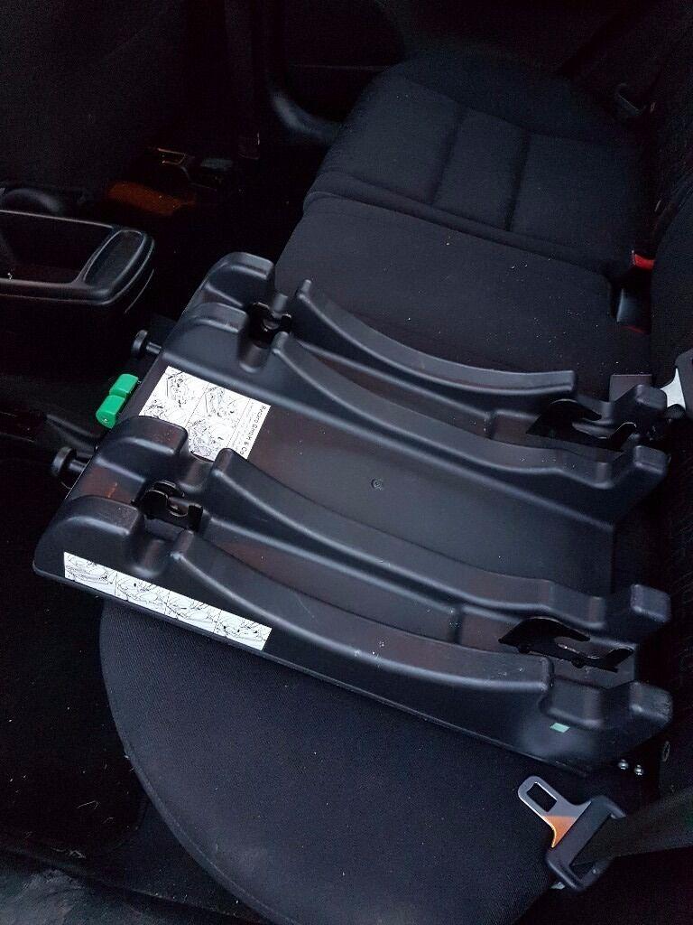 Maclaren Recaro Young Profi Plus Car Seat with Isofix (Black/Tan). Group 0.