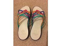 Worn once Crocs flip flops/sandals size W7 (UK 5)