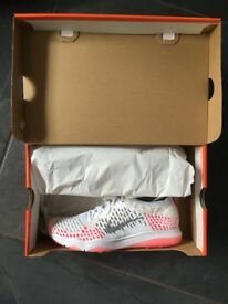 Nike Air Zoom Fearless Flyknits - UK6.5