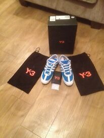 Men's size 8 Y3 trainers