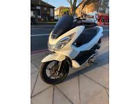 Honda pcx125 matt white 2016