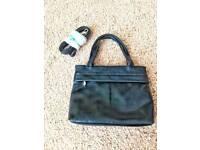 Black ladies small handbag